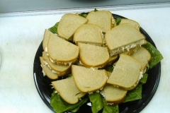 catering-tuna-on-rye-tray